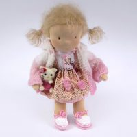 doll-waldorf-hello-kitty-felted