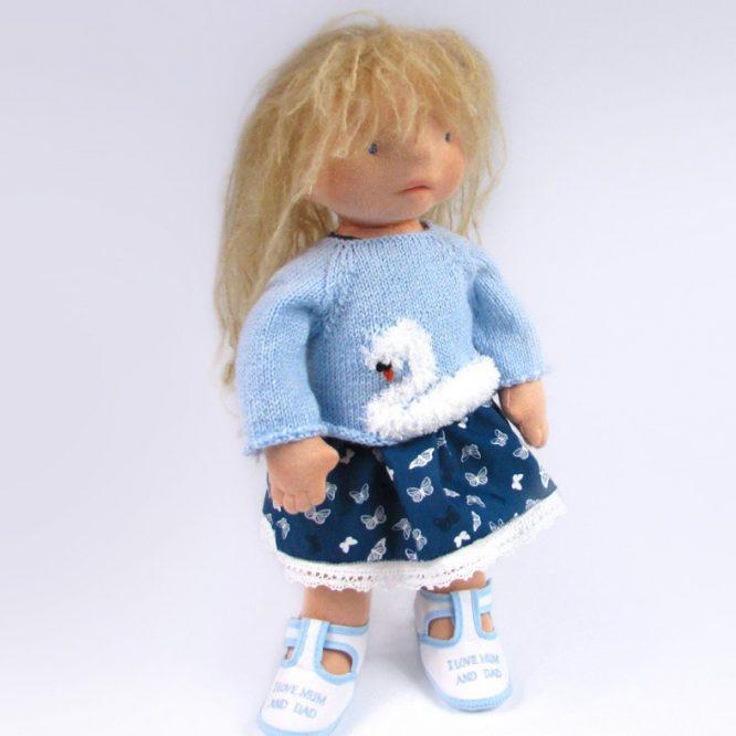 waldorf-doll-inspired-swan-crocheted-sweater
