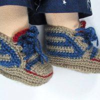 waldorf-doll-sneakers