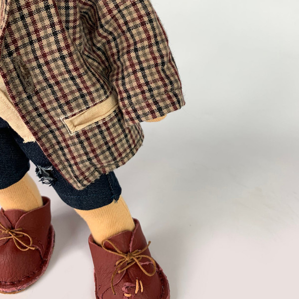 Gavroche waldorf doll clothes preview