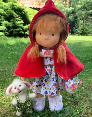 La Caperucita Roja - Muñeca Waldorf