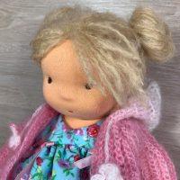 Валдорфска кукла