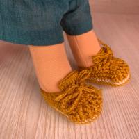 Плетени обувки за кукла