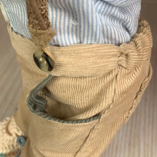 Панталон с джобове за кукла превю