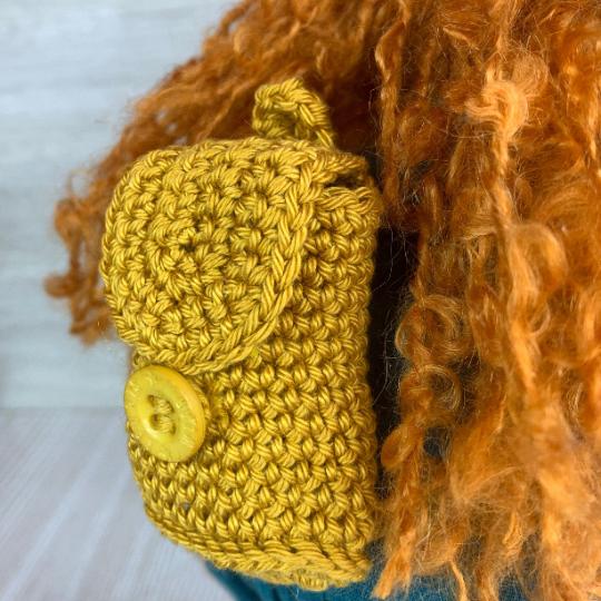 Плетена раница за кукла