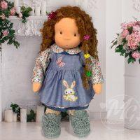 Валдорфска кукла с кестенява коса